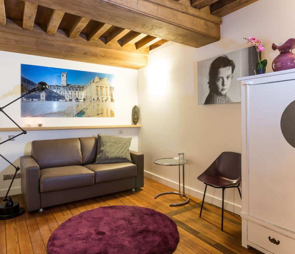 cassis appartement h tel louer dijon dijon la belle adresse. Black Bedroom Furniture Sets. Home Design Ideas
